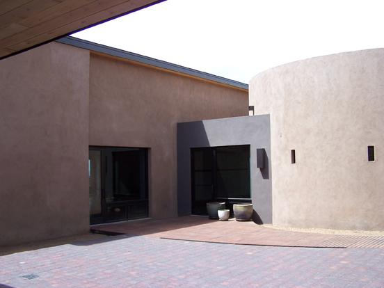 AC-courtyard2